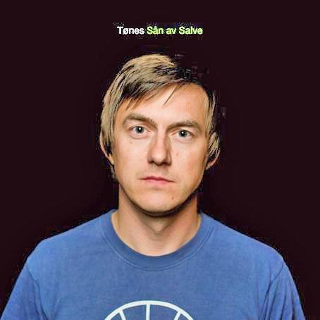 """Tønes har gjort suksess med """"Sån av Salve"""" i høst. Nå er han blant kandidatene til en nordisk musikkpris."""