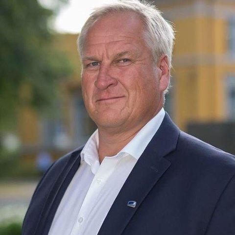 REAGERER: Høyres Kjell Arne Hermansen reagerer på situasjonen for idrettslagene i Nedre Eiker:  Vi er nødt til å tenke hele kommunen – ikke bare gamle Drammen.