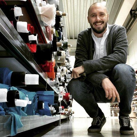 ENDRING:  Lars Lotsberg Folkestad (40) er ny daglig leder for Stoff & Stil i Norge, kjeden endrer navn til Selfmade i løpet av året og bygger ny butikk i Drammen.
