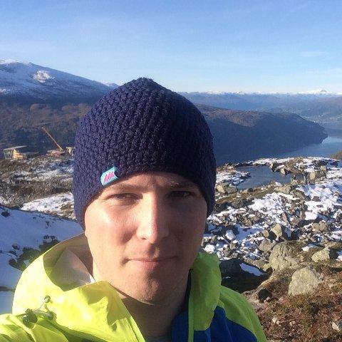 LEIAR: Arne Reme er nytilsett leiar i Hoven Loen. Han er oppvaksen i Innvik, men bur i Stryn.