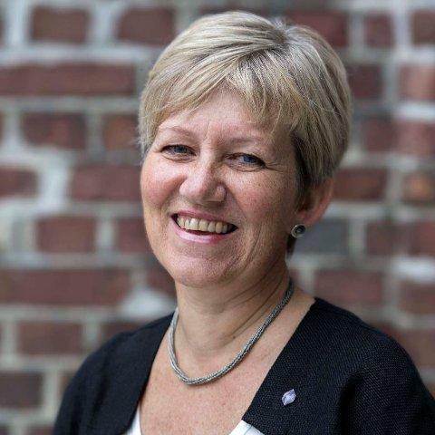 UTVIKLING: Bjørg Kristin Selvik (bilde) ser positivt på at mange av studia ved høgskulen gjer det bra i NOKUT si nye undersøking.