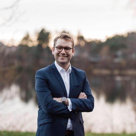 Den store x-faktoren i fylket er likevel Alfred Bjørlo som venteleg blir toppkandidat for Venstre. Ulikt mange andre i partiet har han gjort svært gode val, sist 36,2 % i Stad i fjor haust (til samanlikning hadde Olve Grotle og Høgre i Sunnfjord 21,3 %), skriv Jacob Nødseth.