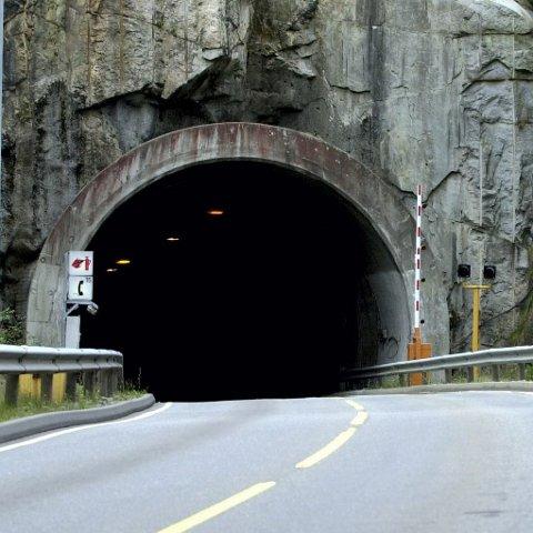 Kan bli stengt: Det kan bli for farlig å kjøre gjennom tunnelen mens viftene ikke fungerer på grunn av for høye nivåer av nitrogenoksid.