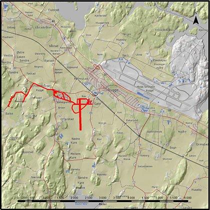 Lille Rygge tegnet i rødt var en miniflystripe. Dagens store flyplass i grått på kartet.