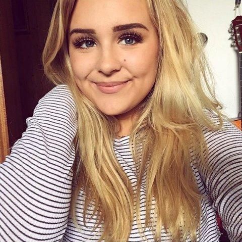 17-åringen fra Sarpsborg går til daglig på Glemmen videregående. I høst blir hun å se på tv-skjermen, i en helt ny serie fra TV2.