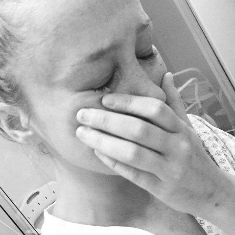 SYK: - Ikke mange så meg på mitt svakeste, forteller Nora Wold om hennes livs tøffeste periode. Her fra sykehusoppholdet som satte karrieren hennes på hodet.