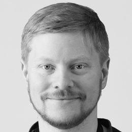 DATAMILLIONÆR: Alex Brasetvik vokste opp på Stenrød i Halden.