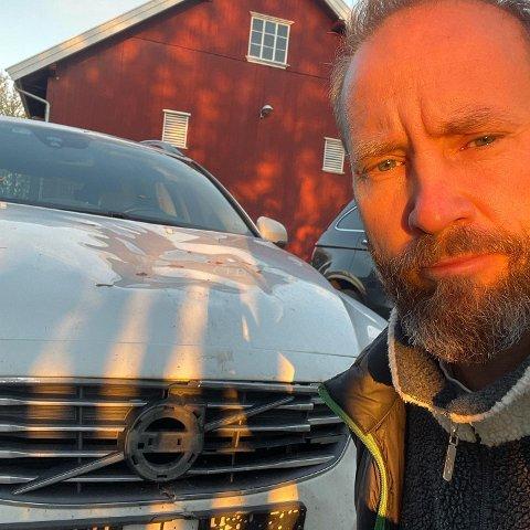 Erik-André Hvidsten forteller om en ubehagelig opplevelse da han skulle kjøre hjem fra konsert torsdag kveld. Han håper at hendelsen kan være til advarsel for andre.