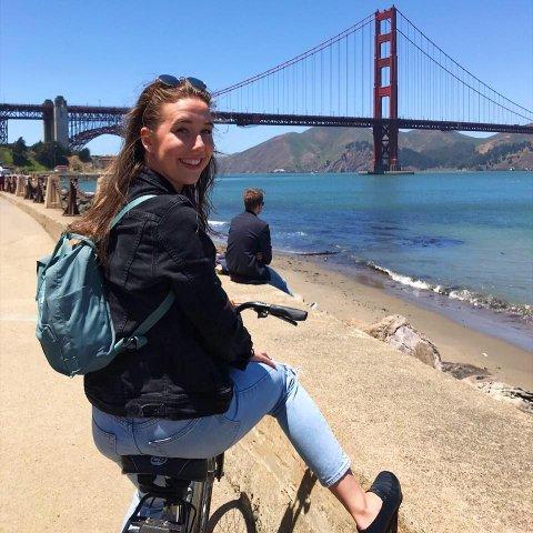 I PERU: Martine Billing (22) er utvekslingsstudent i Peru. Og der blir hun en stund til.