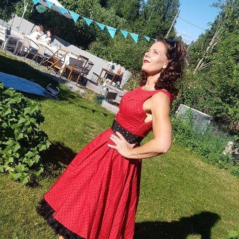KANDIDAT: Käthe Ljøner Dammen fra Slåstad er kandidat i konkurransen Miss Pinup Norway 2019: – Vi skal vise at vi er damer og at vi er selvsikre og sterke i oss selv, sier hun.