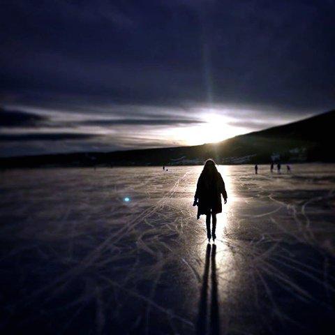 2. ICE, BABY, ICE: På mjøsisen. Foto: Ole E. Wattne