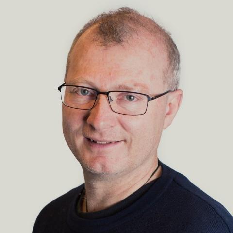 Skeptisk: Carlo All forsker på bærekraftig friluftsliv og konsekvenser av klimaendringer. Han oppfordrer norske kommuner til å besinne seg hva gjelder aggressiv hytteutbygging.