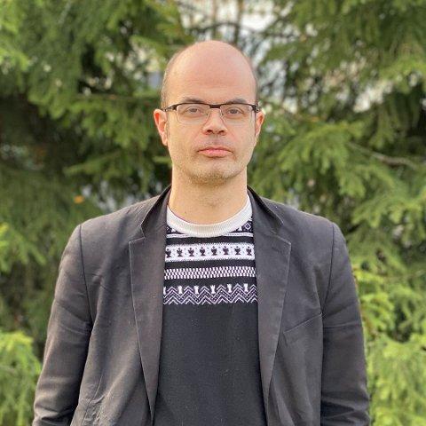 SV: Det er viktig for oss i SV å sikre inkluderende ordninger særlig for barn og unge som nå risikerer å falle utenfor fellesskapet, skriver Hans Olav Lahlum, leder for Innlandet SVs fylkestingsgruppe.