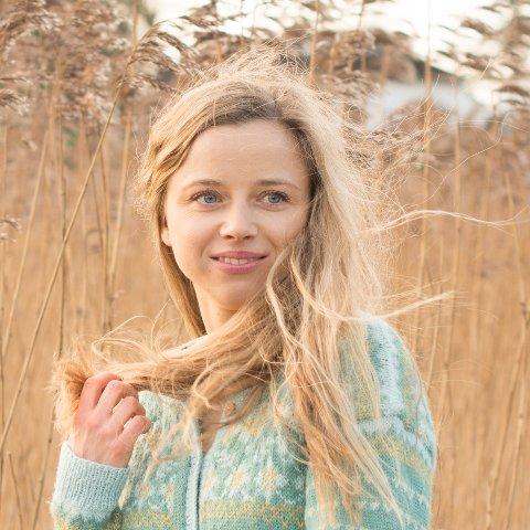 GLASSLÅVEN: Artisten Stina Kjelstad gjester Glasslåven kunstsenter 11. november.