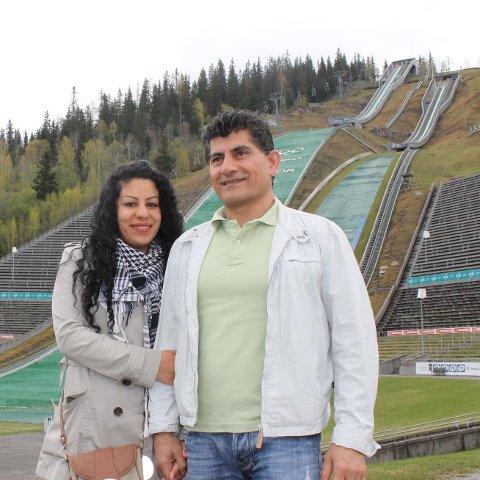 Sherko Mavlodi ble millionær takket være Norsk Tipping på tirsdag. Her med sin kone Nishtman Asadi.