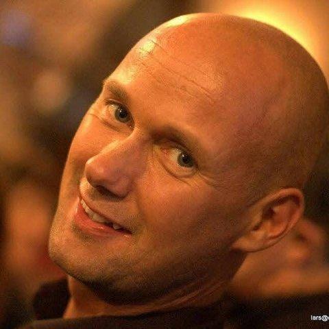 TIL GLASSLÅVEN: Hans Esben Gihle holder konsert i Glasslåven lørdag.