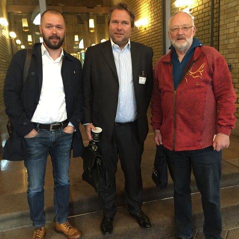 PÅ STORTINGET: Arve Sigmundstad (t.v.), Henrik Rød og Øivind Holt.