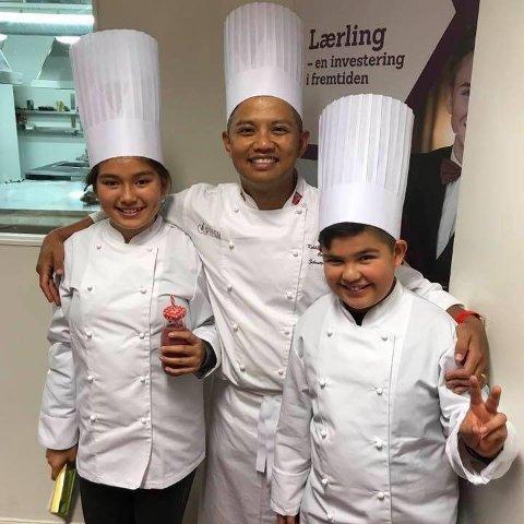 MATKURS: Sebastian Engh har arrangert mange matkurs for barn gjennom tidene. I dag, mandag, blir kurset over YouTube. Bildet er tatt fra et tidligere matkurs for et par år siden.