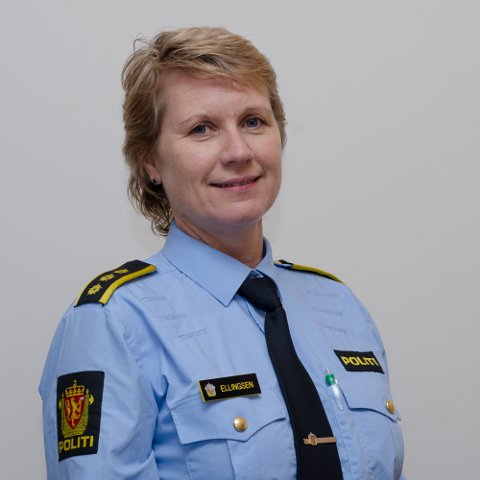 SPENT: Marit Ellingsen er klar for nye og spennende utfordringer ved Stord lensmannskontor, som 1. juli bytter navn til en mer kjønnsnøytral tittel. Det nye navnet er Stord politistasjon.