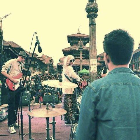 Nepal: Evelyn Mali spilte konsert under oppholdet i Nepal.