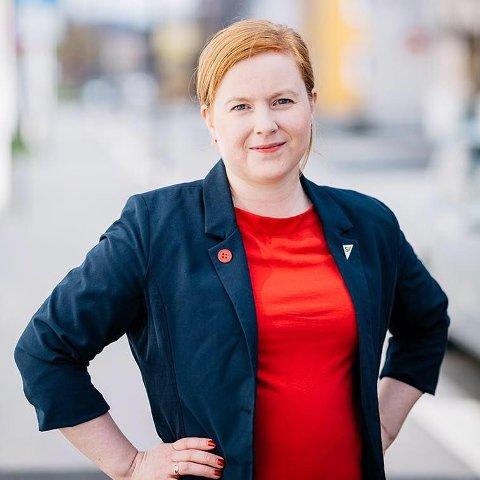 PÅ TIDE: Åshild Pettersen vil endre alle titler i Vefsn kommune som ikke er kjønnsnøytrale.