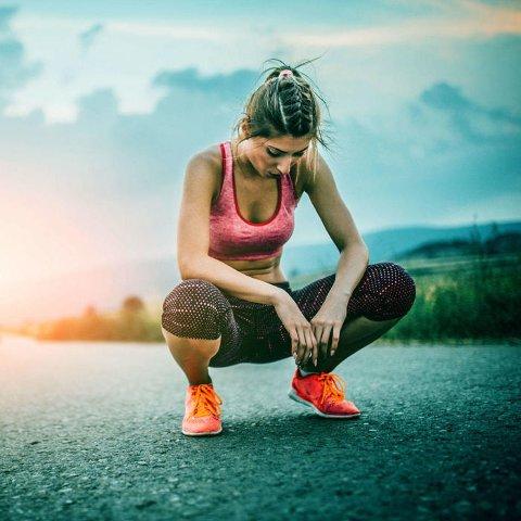 NNGÅ Å LØPE LANGT: Å løpe langt, og gjerne på asfalt kan slite på ledd og fordøyelsessystem. Medisinprofessor I-Min Lee anbefaler heller fem andre treningsformer.