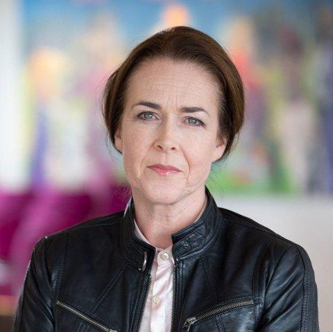 FORSKJELLER: Elin Spjelkavik, direktør juridiske tjenester i Virke, sier det vil variere fra arbeidsplass til arbeidsplass hvilke regler som gjelder.