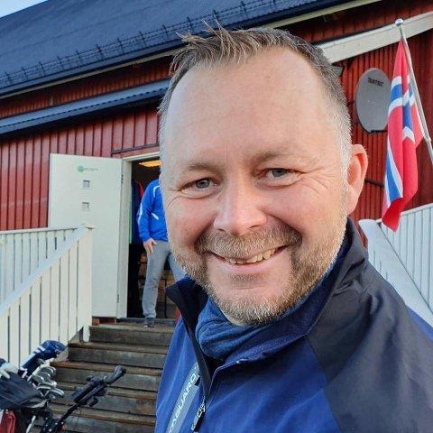 GLAD: Martin Foss i Romerike Golfklubb er fornøyd med knallåpningen av Aurskog golfpark.