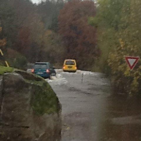 Mye vann der riksvei 351 møter Støleveien i dag klokka 11.