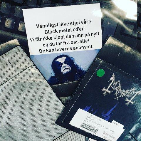 STJÅLET: Opp mot ti cd'er med norske black metal-band er stjålet fra Kongsberg bibliotek tirsdag.