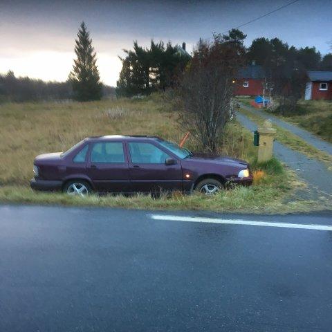 Stjålet: Bilen kjørte ut i Valberg tidlig onsdag morgen. Politiet mistenker at bilen er stjålet.