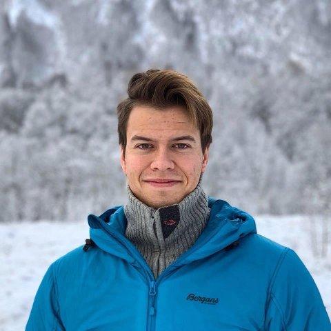 ETTERTRAKTET YKRESGRUPPE: Henrik Pettersen og samboeren er barnehagelærere. Nå slipper morens barnehage i Stamsund å søke dispensasjon fra pedagogkravet. Foto: Privat
