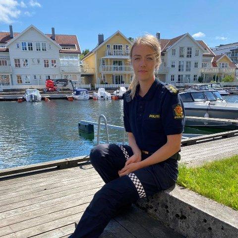 POLITI: Liv Cecilie Omland, fungerende etterforskningsleder ved Farsund og Lyngdal lensmannskontor oppfordrer syklister til å sjekke syklene sine før de sykler.