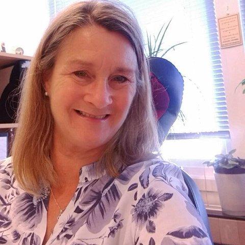 HÅPER: Laila Walheim ønsker at flere skal melde seg om frivillig vitnestøtte i Moss og Fredrikstad.