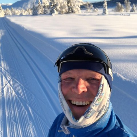 TJENTE GODT: 2017 ble et godt år for Roald Pettersen. Han dro inn godt med cash etter salget eget selskap.