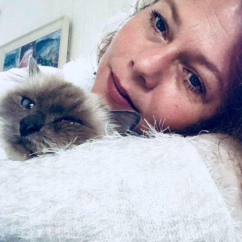 SAVNET: Milo er savnet. Sist sett på Oven i Råde. Kathrin Elise Thorbjørnsen håper på tips som kan avdekke hvor han er blitt av.