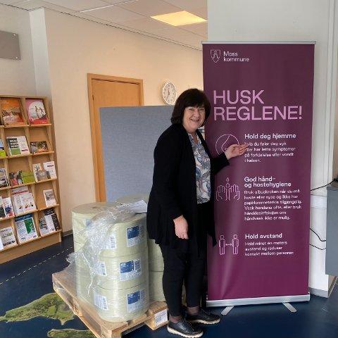 HOLD STENGT: Inger-Lise og kommunen ønsker at butikkene unngår alternative løsninger