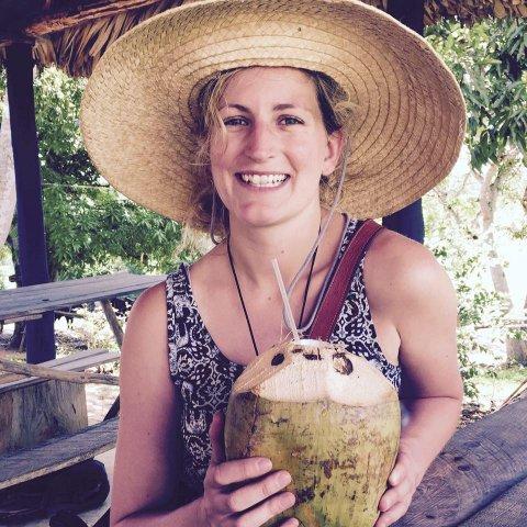 Maria Lampe (28) postet et innlegg på facebook om at hun ønsket seg flere venner i Trondheim. Innlegget har vært ute i et døgn, og allerede har mange tatt kontakt med henne.