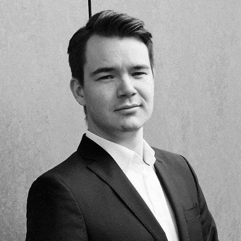 ÅRETS TALENT: Sivert Jullumstrø er sanger og har vært med både som solist og korist i flere operaproduksjoner. Fredag mottok han Opera Trøndelags Venners Talentpris 2020.