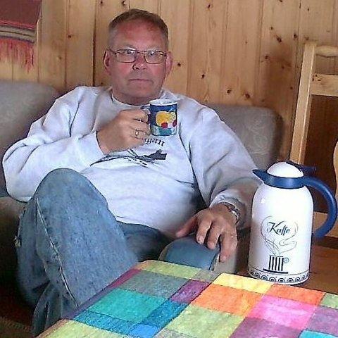 Leder i Strinda histrorielag, Jan Åge Habbestad, bekrefter at historielaget har besluttet å avlyse medlemsmøtet av frykt for koronasmitte.