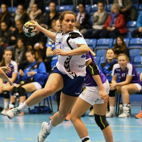 LYSPUNKT: Debutanten Christina Solheim Andersen scoret 6 mål på 12 skudd mot Glassverket.