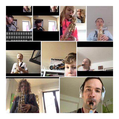 GRUPPEØVELSE: Slik ser det ut når Nordstrandsskolenes Musikkorps øver samtidig med flere instrumenter.