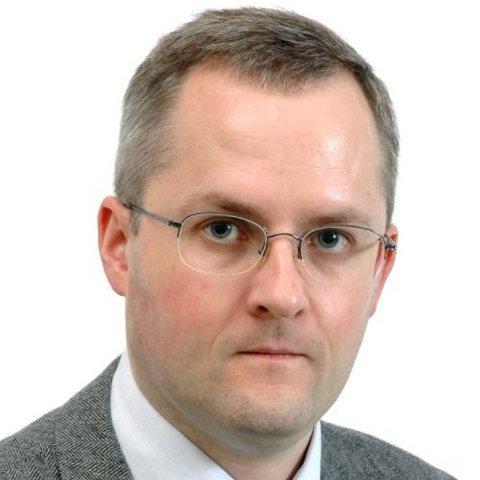 TERROREKSPERT: Jan Oskar Engene ved Universitetet i Bergen.