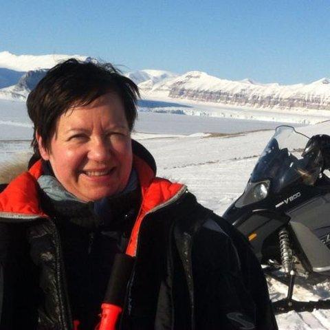 KOM SEG UT: Eva Grøndal bor i ett av husene som ble tatt av skredet. Hun kom seg ut i god behold.