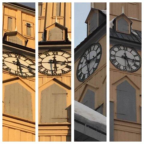 SAMKJØRT: Fredag ettermiddag var de fire klokkene i tårnet i Tromsø domkirke fortsatt samkjørt.