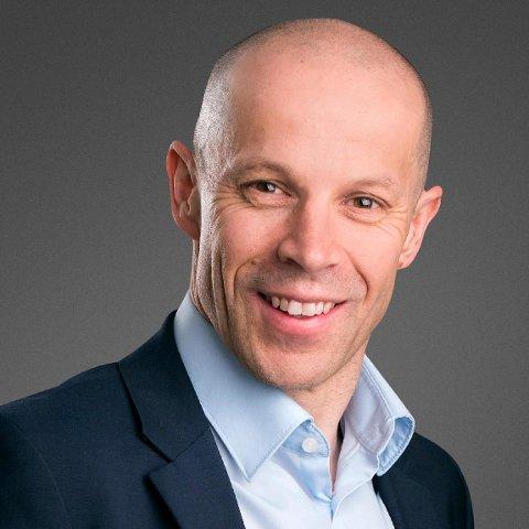 SELGER: Konserndirektør Charles Høstlund selger aksjer for 6,6 millioner kroner i NRS.