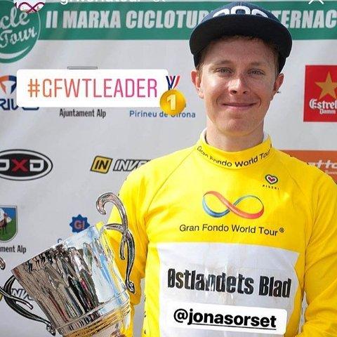 Langhusmannen Jonas Orset vant Gran Fondo World Tour sammenllagt etter å ha blitt nummer tre under det siste rittet i Pyreneene.