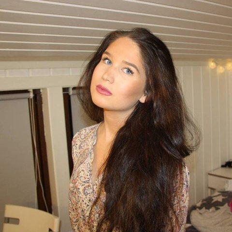 Jessica, 21 år, blogger og bosatt i Larvik