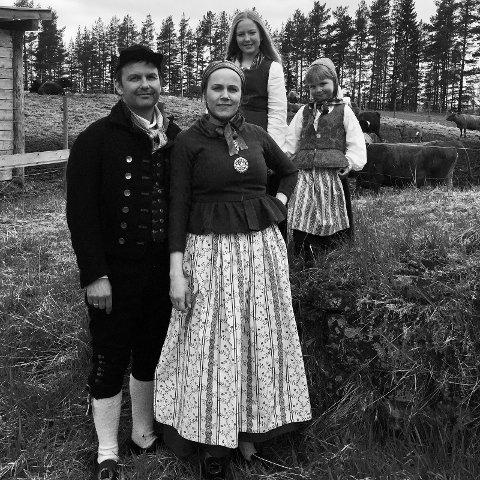 Draktskikk fra Østerdalen - i levende tradisjon