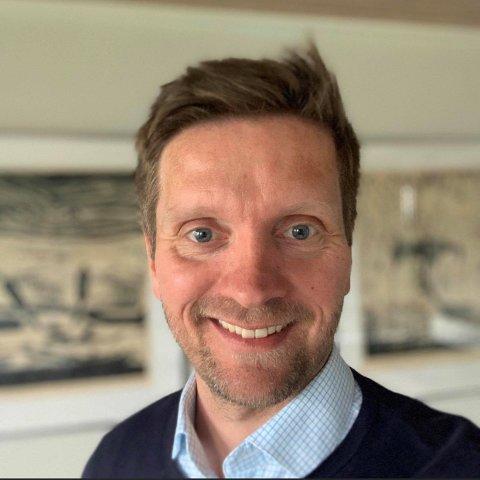 GLEDER SEG: Lars Sjøløkken gleder seg til å flytte hjem til Rena for å kunne bli ny næringssjef i Åmot.